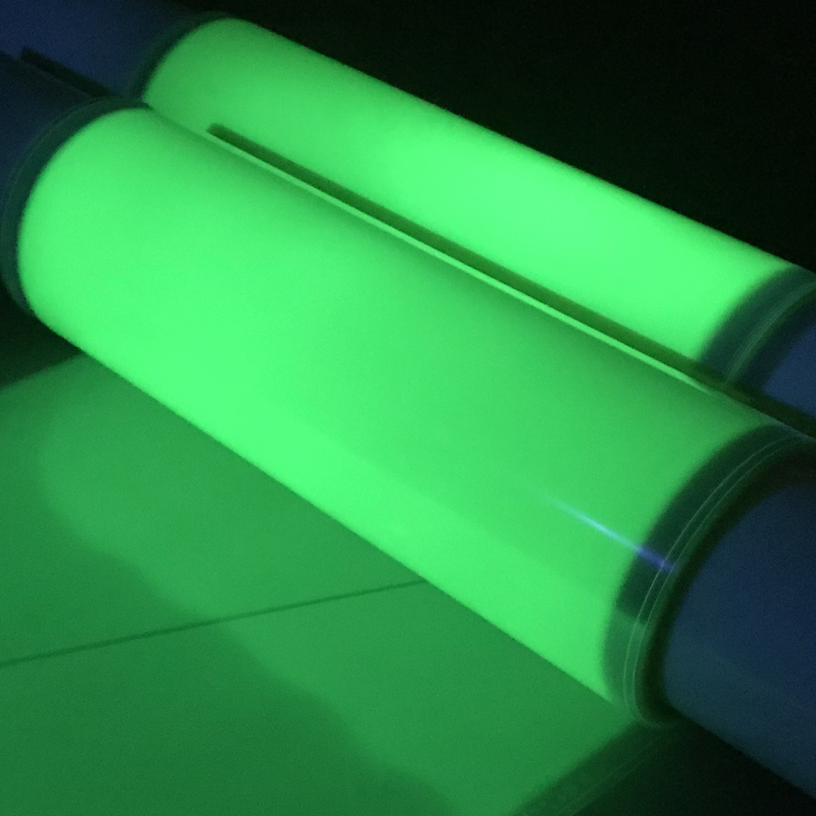 Nanolumi Chameleon® G Film: Viewing colours in all their brightness and glory